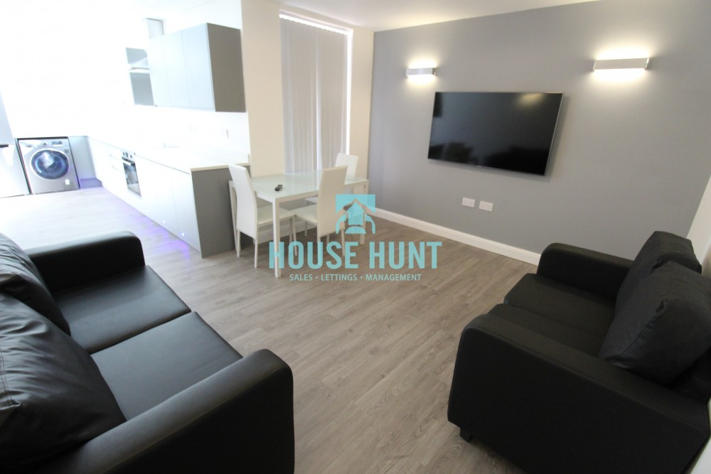 Flat 2 1020 Pershore Road, Selly Oak, Birmingham, B29 7PX